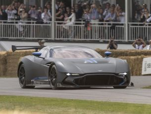 Aston Martin представила Vulcan на фестивале в Гудвуде